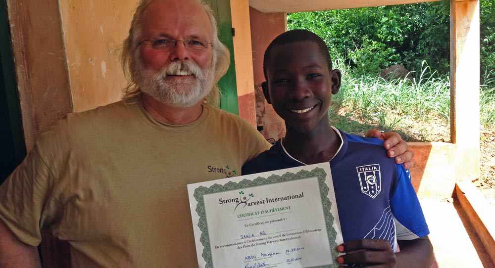 Fight hunger and poverty ~ become a Strong Harvest Peer Educator!